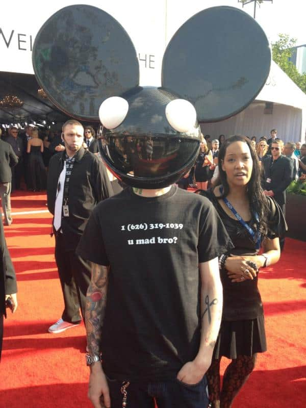 Skrillex Cell phone number prank by Deadmau5